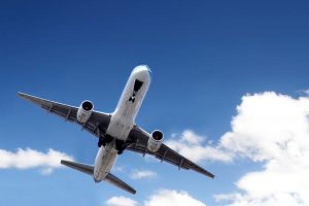 airplane_2641707